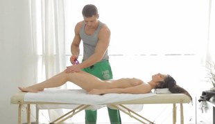 Dark obscurity cutie gets an erotic massage and reciprocates with bj