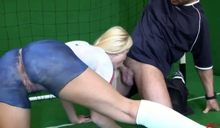 Golden-haired Kassey Krystal is in the first place verve in solo action