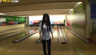 This hottie lost me bowling defiance and needs to suck my dick