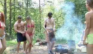 Dominika & Eva Berder & Jenny & Penny & Rita-Moor & Sabrina in free outdoor porn with lots of slutty chicks