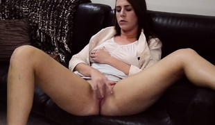Teen mormans climax unassisted
