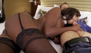 Diamond Jackson acquires her hands on hot Erik Everhard