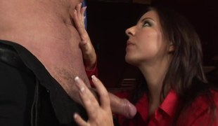 Sumptuous brunette gives a blowjob in advance of give getting ripped set off here dick